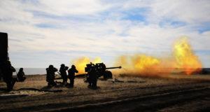 Украинскими силовиками из артиллерии была обстреляна ЛНР